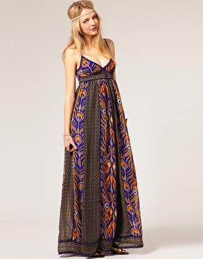 Love this. Could be used as a maternity dress and as a regular summer dress.