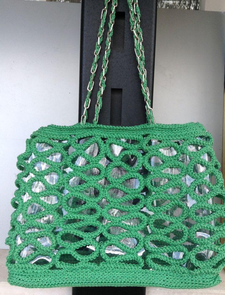 Borsa a spalla, molto glamour in cotone verde, a serpentina su fondo trasparente : Borse a tracolla di la-libe