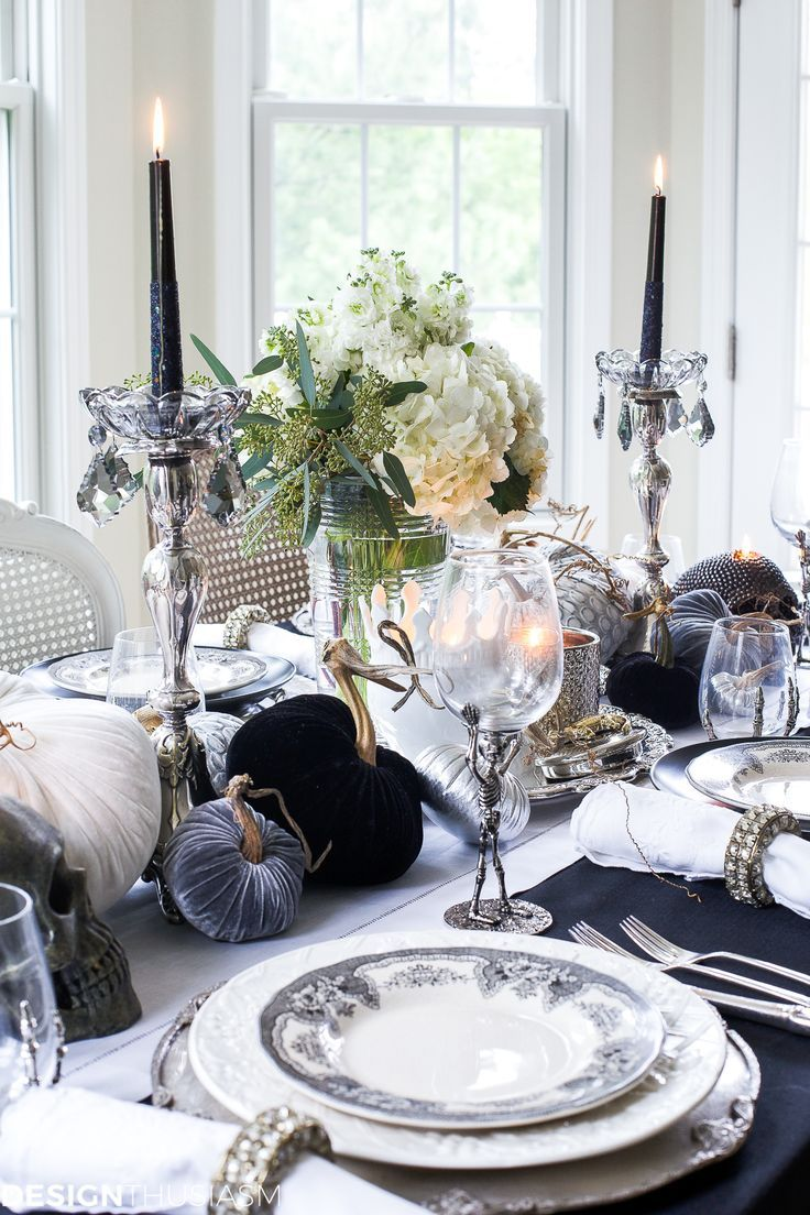 black and white table top ideas for an elegant halloween dinner | mc