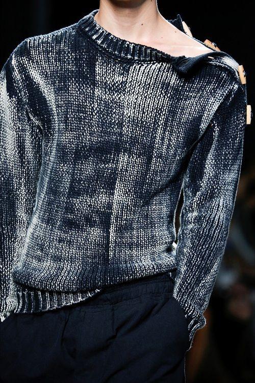 Bottega Veneta S/S 2015 Menswear / so cool / blues / all about the details