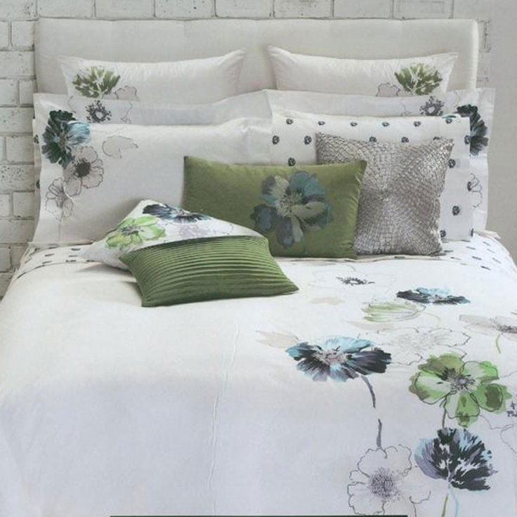 300TC Hawaiian Flower 5-Piece Comforter Set In Multicolor if I didn't have a dog, I would buy this.