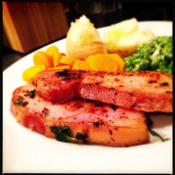 Spicy gammon steak with mascarpone peas