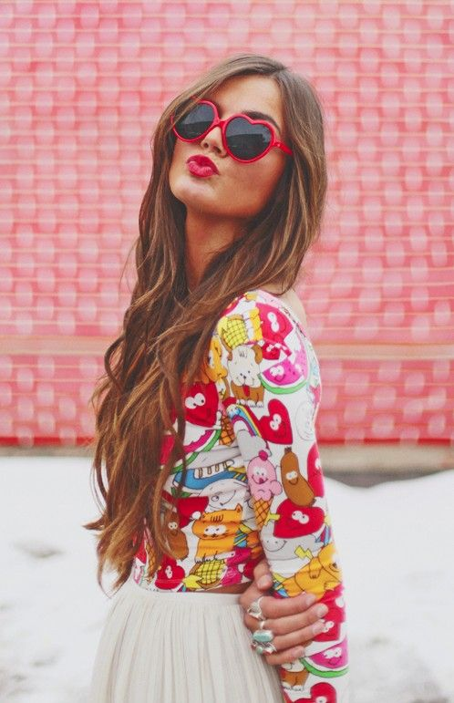 heart sunglasses. I love her hair