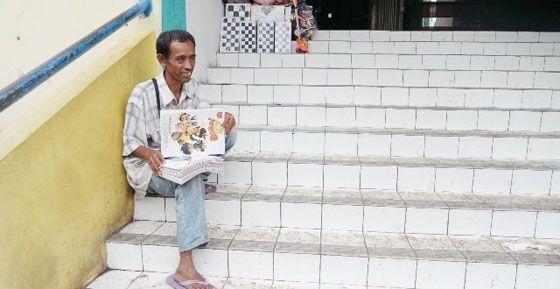 [Kisah] Kampanye Toleransi Dari Seorang Penjual Buku Mewarnai