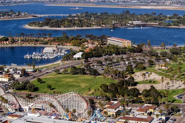 Mission Bay in San Diego has lots of things to do and see, but it can be confusing. This guide has all you need to know.