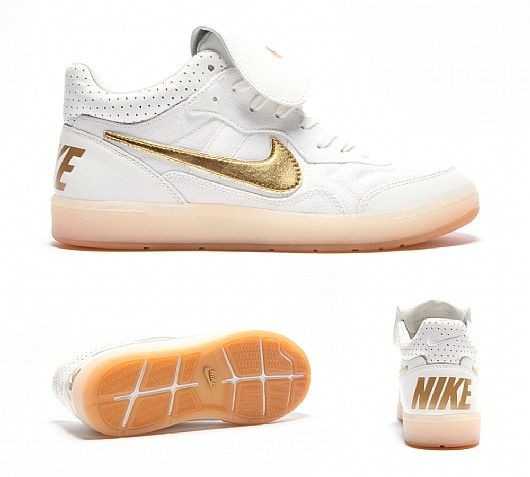 The Nike Men Tiempo Mid 94 NFC is a funky classic. Very low profile, but versatile, these pair of Nikes on your feet will keep your cypher complete! Perfect for a casual stroll during the day or a night out in town. http://www.zocko.com/z/JFbdX