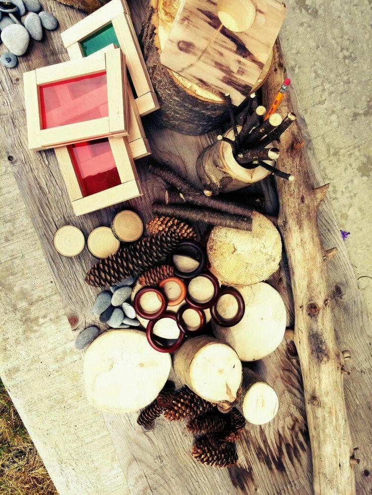 Sticks and Stones (Canada) - Nature repurposed and found materials