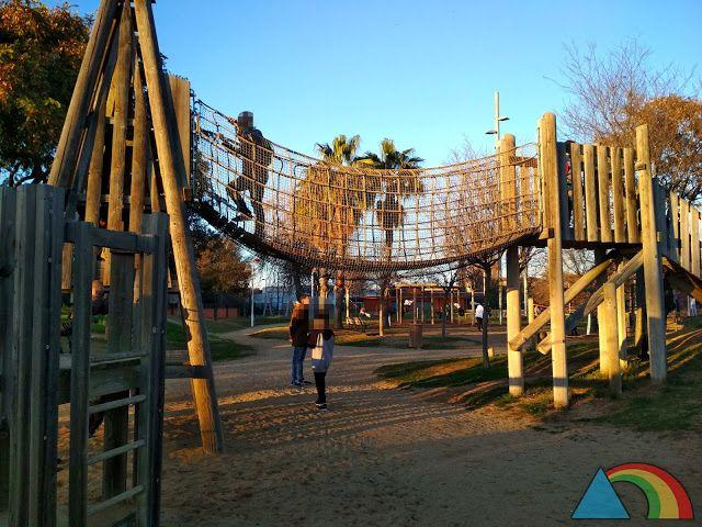 El Triángulo Arcoíris 6 Parques En Barcelona Y Alrededores Para Ir Con Niños Parques Juegos De Exterior Parques Infantiles
