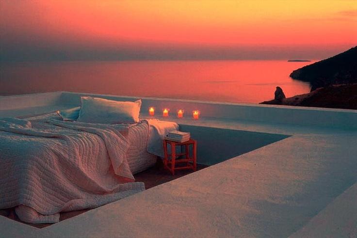 дороге кровать на берегу моря фото хотела рассказать