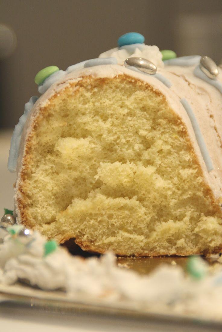 Gateau fouette (pain doux) pour les ceremonies religieuses ...
