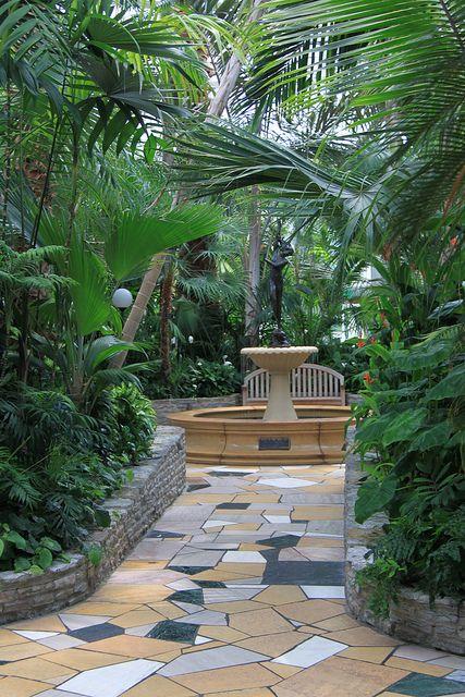 The Como Park Conservatory