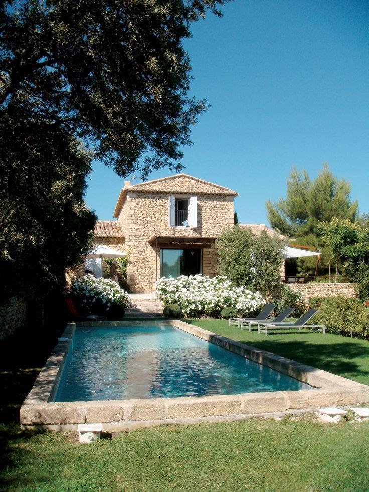 Un Travail De La Pierre Sublime Cette Maison Prove Cette De La Maison Pierre Prove Sublime T Pool Designs Architecture House Swimming Pool Designs