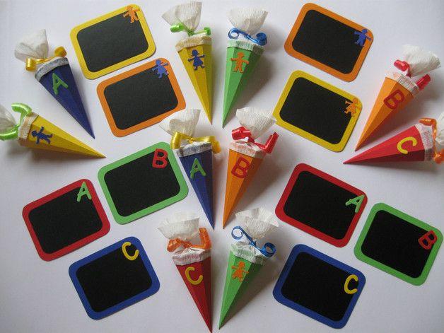 ~ Eine süße Deko Idee zum Schulanfang ~  Als Tischdeko, Streuteile oder als Deko für die Schultüte, Einladungskarte oder ein Geschenk...     Ihr erhaltet je 10 Stück der oben...