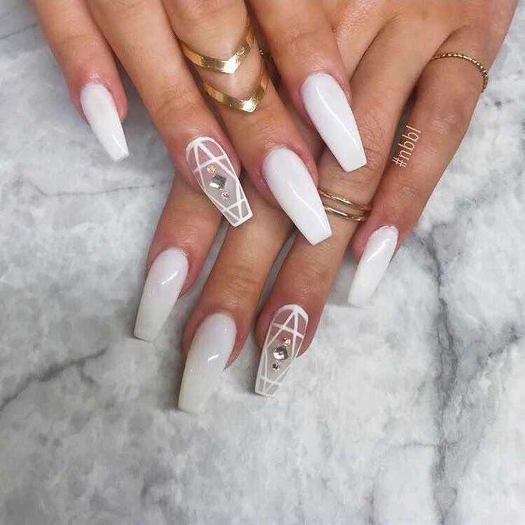 20+ wunderschöne Nageldesigns in Weiß, die Sie lieben werden – #Designs #The # Love … – mittellanges haar