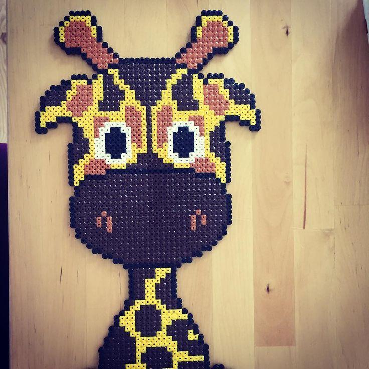 Giraffe hama beads by kallermann