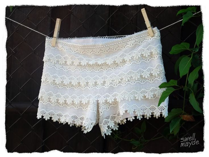 DIY lace shorts: Lace Shorts How To, Diy Lace, Clothing Diy, Shorts Diy, Lace Pants, How To Make Lace Shorts, Closet, Tiered Lace, Diy Tiered