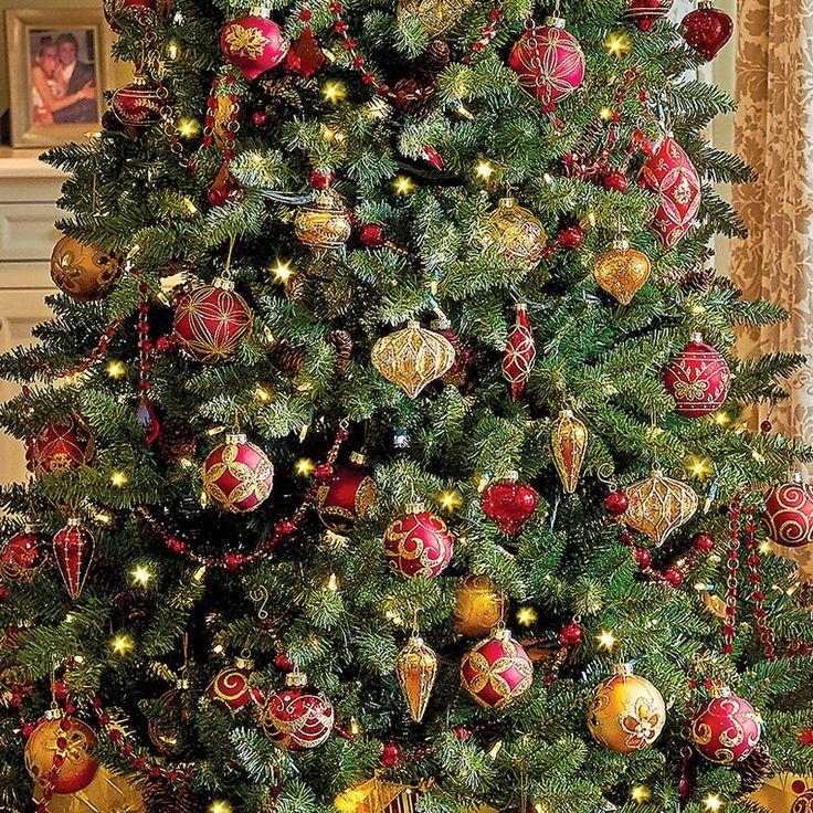 183 best Christmas Decorating Ideas images on Pinterest