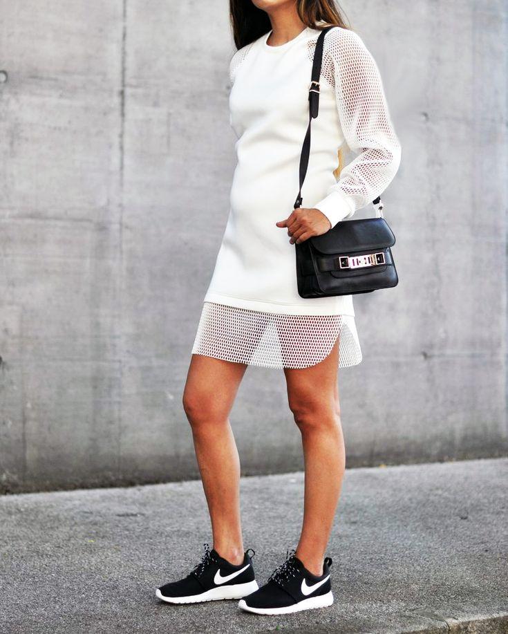 Nike Roshe Run for those daily errands. | Via http://fashionlandscape.blogandthecity.net