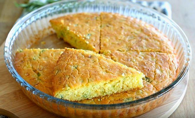 Mısır Unlu Pırasa Böreği Tarifi ile hazırlayacağınız harika ikramlık, çay saatleriniz ve kahvaltılarınız için iyi bir seçim olacaktır. Pırasa ve havucun birbirine yakışan lezzetleri ile mısı…