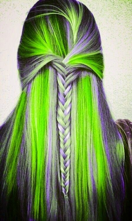 Green - http://labafrica.org/braid-color-combo-inspiration-summer/