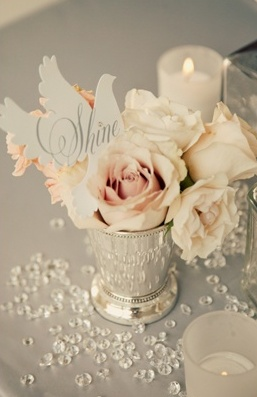 Winter weddings: Crystal accents #ido #winter #inspiration