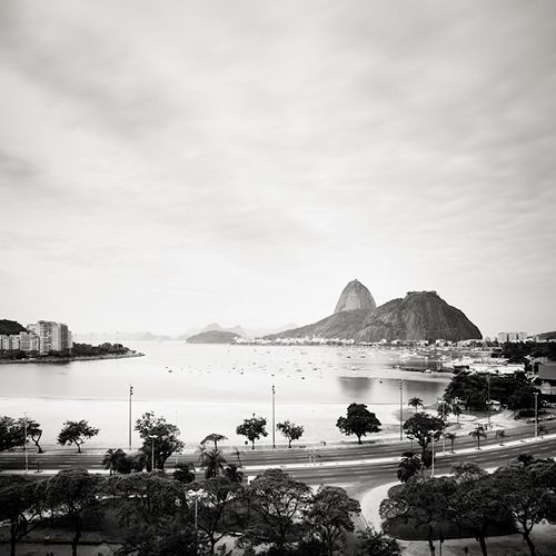 Botafogo - Rio de Janeiro, Brazil, 201050 x 50 cm, ed.10 | 100 x 100 cm ed.5 | 150 x 150 cm ed.5 Silver Gelatin Print, Caixa de Acrílico ou Madeira  josef hoflehner