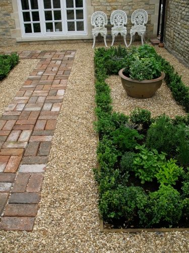 1000 images about topiaries knot garden design on pinterest for Herb knot garden designs