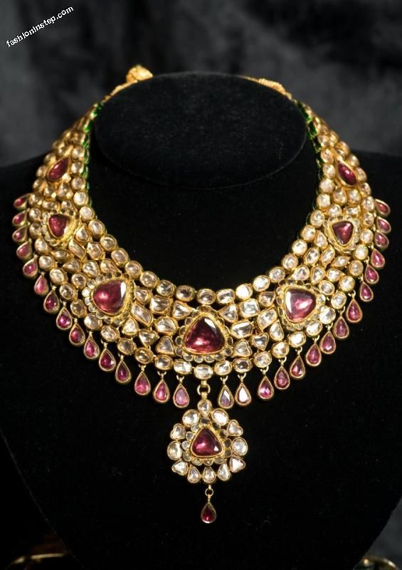 Indian bridal jewelry See more Indian wedding inspiration at www.weddingsonline.in