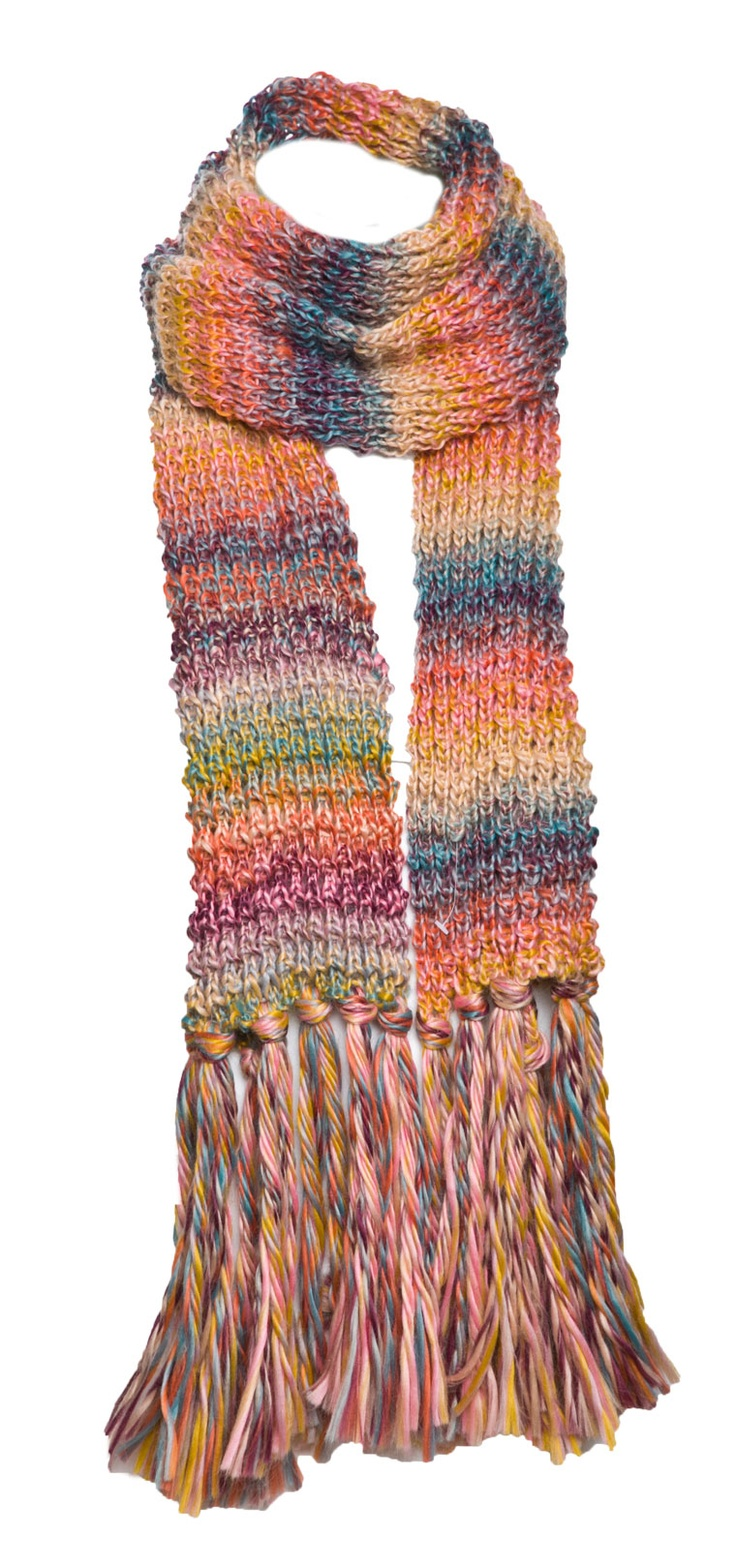 MULTICOLOR FRINGY KNITTED SCARF
