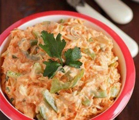 Салат «Пальмира»: минимум калорий!  на 100грамм - 74.04 ккалБ/Ж/У - 12.71/0.83/3.11  Ингредиенты: Куриное филе - 300 г (вареное) Морковь - 1 шт Болгарский перец - 1 шт Чеснок - 5 г Натуральный йогурт - 3 ст. л Зелень - по вкусу Соль, перец - по вкусу