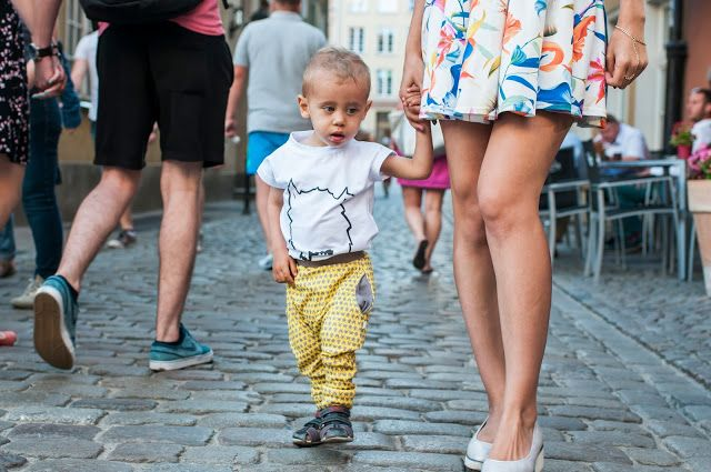 Loff Loff organic - Unisex toddler harem pants SPACE INVADERS + creative kids t-shirt FELLOW. For kids aged 2-10.  Check our Etsy shop https://www.etsy.com/shop/LoffLoff  Photo © http://modelsoutfit.pl