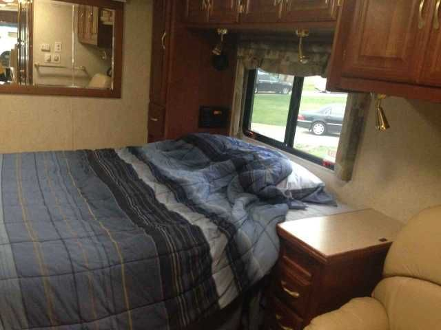 2003 Used Georgie Boy Cruise Air Xl Class A in Ohio OH.Recreational Vehicle, rv, 2003 Georgie Boy Cruise Air 3840 DS XL Class A Diesel motor home has a custom Freightliner chassis and two slide outs. This 38 foot long motorhome has two ducted roof air-conditioner units, a three burner cooktop, microwave, refrigerator, and 2 new LCD TV's, new Washer/Dryer, New tires all the way around with very limited miles on them. There are no oil leaks on the motor, just had the oil plan replaced and…