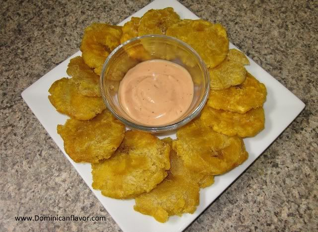 Fried Plantains/Tostones | Delicious Dominican Cuisine