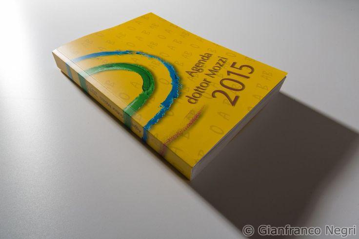 L'ultimo libro del dottore: L'Agenda del dottor Mozzi 2015 (ma è valido anche per gli altri anni!). Ricco di piccoli consigli naturali per risolvere tantissimi problema di salute. Lo trovi qui: http://goo.gl/bVA050 - Foto di Gianfranco Negri