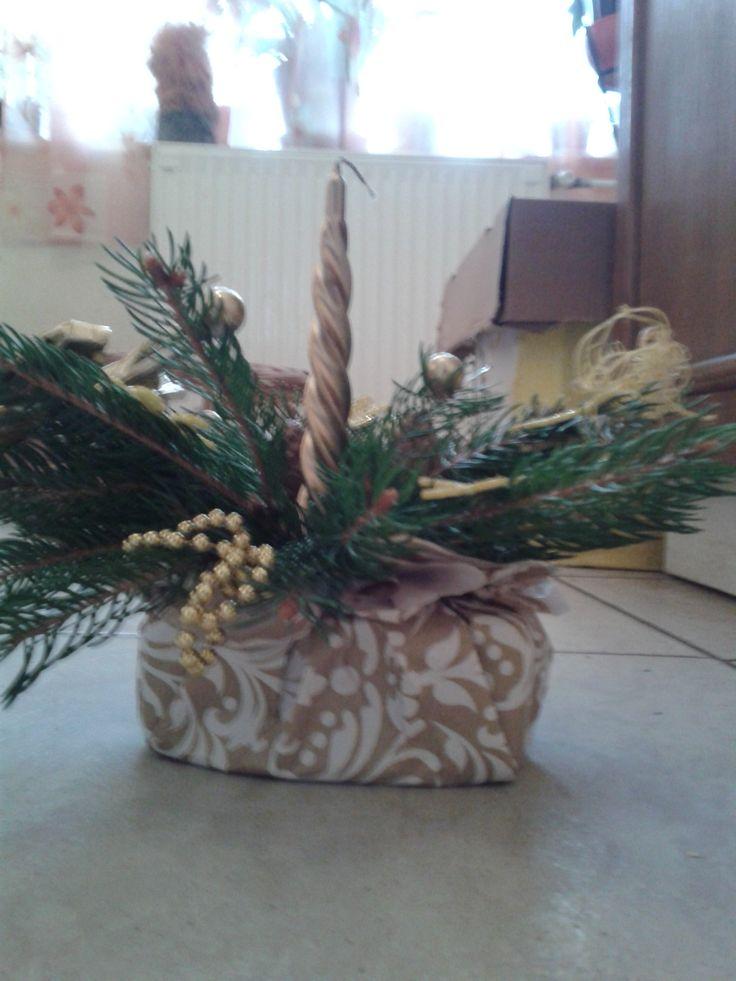 mini asztaldíszek étterembe karácsonyi vacsorához - oldalnézet