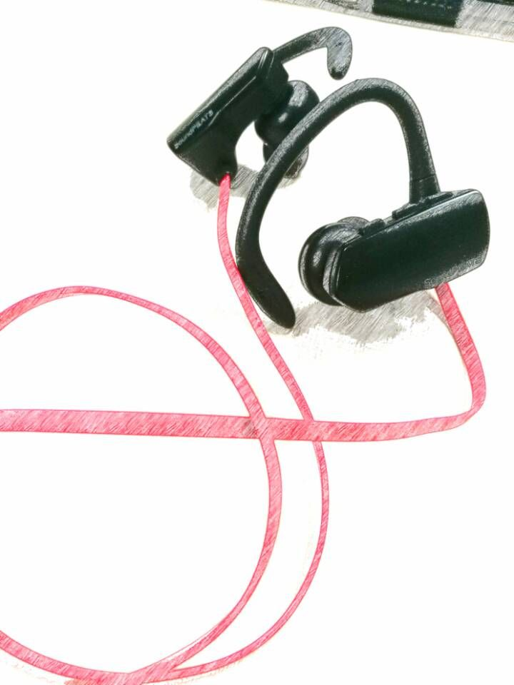 Q9A wireless headphone,black ,red two color. Different size of ear tips to fit different ear.Sweatproof enogh,so it is good for sports,gym.