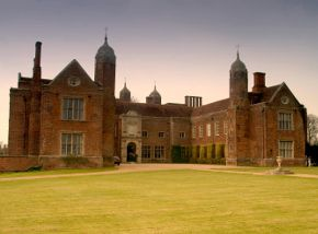 Top 10 Stately Homes in East Anglia