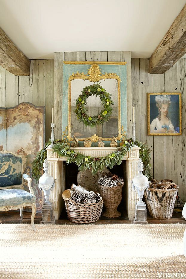 Rustic Christmas Decorating | gorgeous fireplace mantel