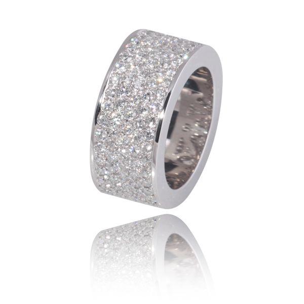 """Bague diamant """"Arc-en-ciel"""",pavage de diamants: 3 carats."""