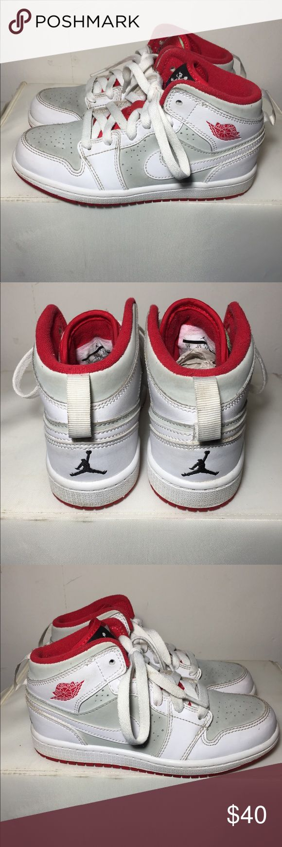 Air Jordan 1 Mid WB Hare - size:1y -color-way:White/Light Silver/Black/True Red -stylecode:719555- 123 -Release Date:2014 -conditions:very good, slight signs of wear -No box⬅️ -100% Authentic 👈🏽👈🏽👈🏽 -🚫no trades🚫 -sold as is!!!👈🏽 👉🏽👉🏽please look at all pictures and ask questions before buying shoes ⬅️👈🏽 -irrelevant comments will get you blocked Jordan Shoes Sneakers