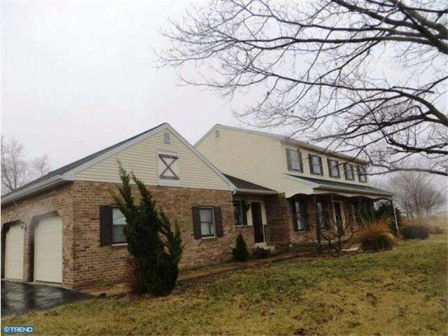 2075 Spooky Nook Rd, Mount Joy, PA 17552 Foreclosure 210k