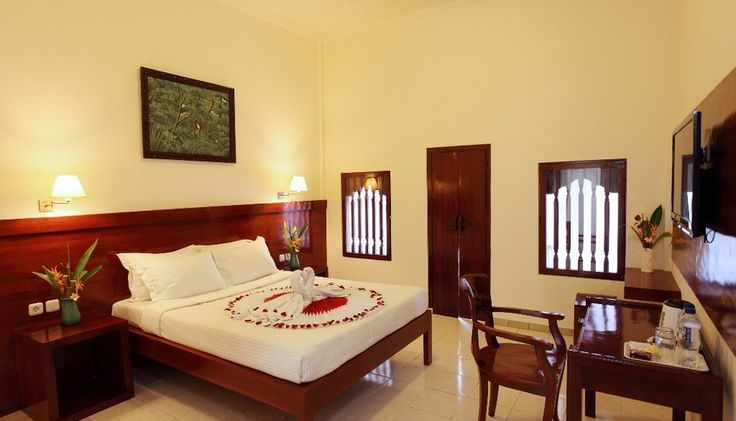 Kodja Beach Inn located in Kuta, Bali,  300 meters away from Kuta Beach, take 15 minute drive from Ngurah Rai International Airport and close to shopping area. Affordable price for a budget traveler and for a short holiday.%0A http://www.zocko.com/z/JGgo1