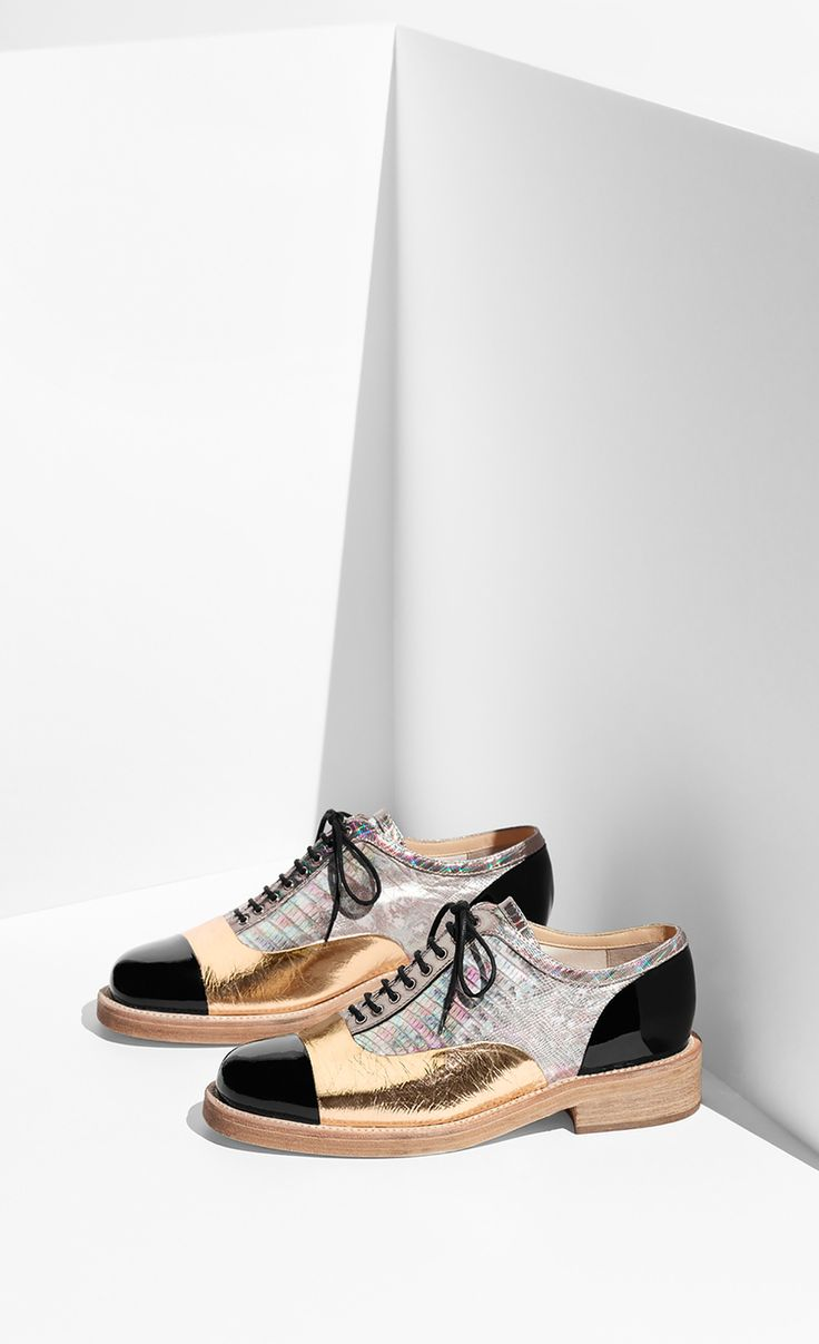 Аксессуары дня: круизная коллекция обуви Chanel 2016 | Glamour.ru