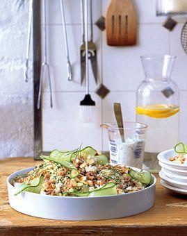 Couscoussalat mit Krabben und Fetakäse - Rezepte - [LIVING AT HOME]