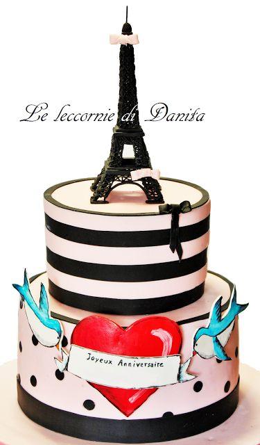 Le leccornie di Danita: Torta Torre Eiffel stile Tattoo cake per la mia parigina!