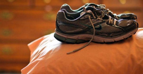 8 lichaamsgewicht oefeningen om te proberen in uw Dorm Room