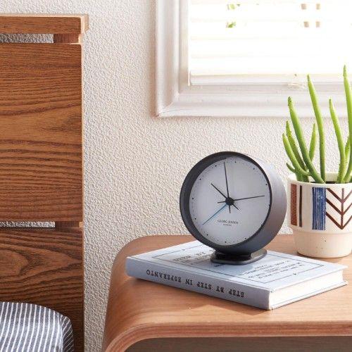 旅行 目覚まし時計|時計 商品一覧 - 価格.com ... 機能性と美しさを融合させた普遍的なデザインで、100年以上の歴史を持つ北欧発のブランド「ジョージ・ジェンセン」から。人気デザイナー「へ二ング・コッペル」 ...
