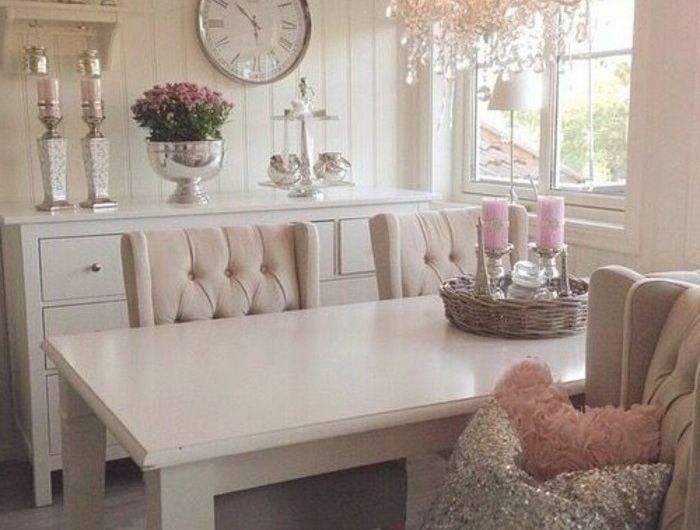 Les 25 meilleures id es concernant meubles shabby chic sur pinterest d coration shabby chic - Faire l amour sur un meuble ...