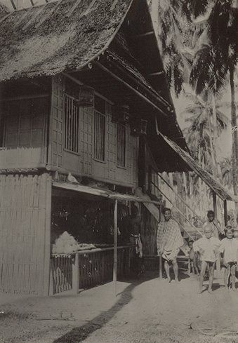 Bhugisneesch house in Makassar 1930.