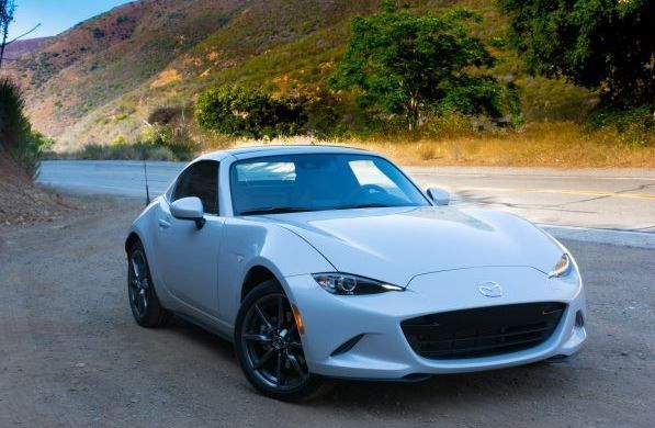Mazda Mx5 Miata 2019 Sport Overview Review Fairwheels Com Mazda Mx5 Miata Mazda Mx5 Miata